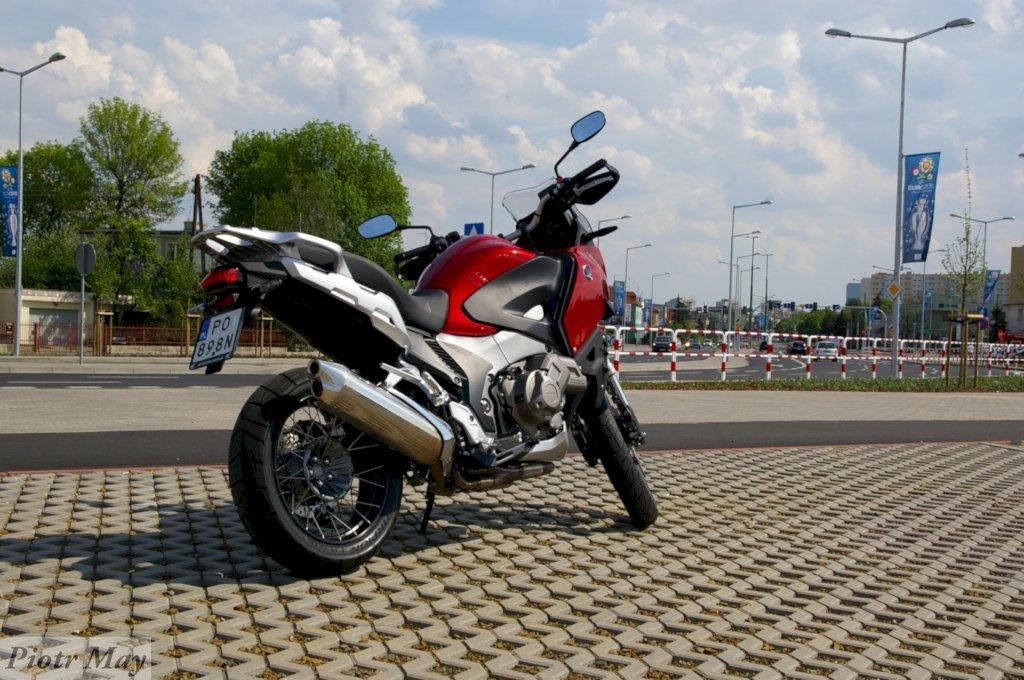 Honda Crosstourer 2012. Motocykl czy koń? Recenzja