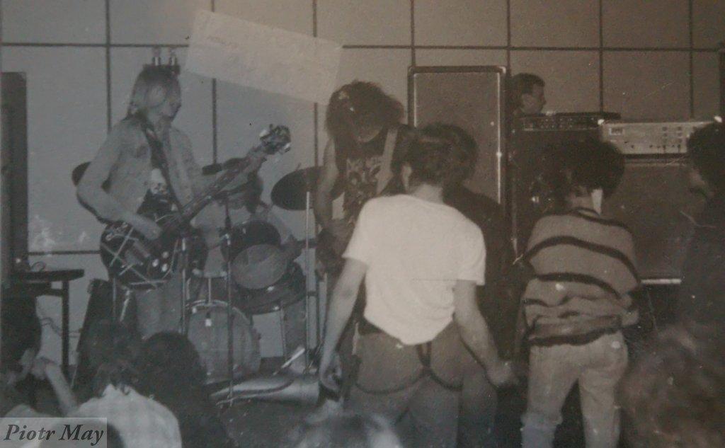 Koncert zespołu CARDBOARD