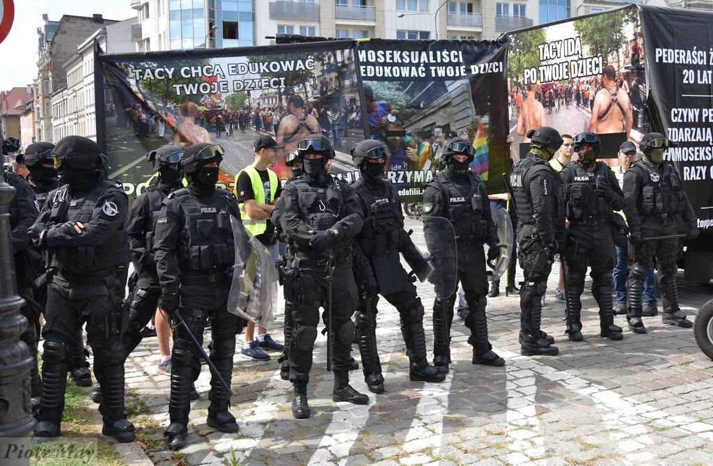 Marsz Równości vs. Młodzież Wszechpolska